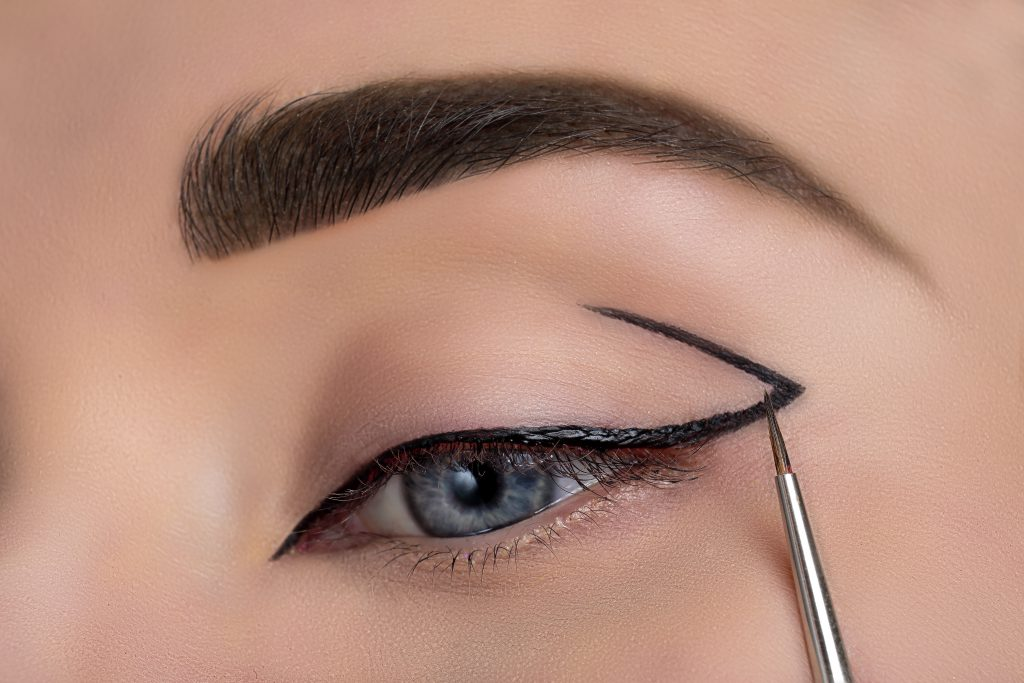 delfy cosmetics gel eyeliner